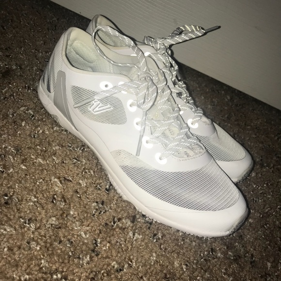 31791aa5518b59 Varsity Ascend Cheer Shoes. M 5c4b51a72e1478f9c02a9b7f